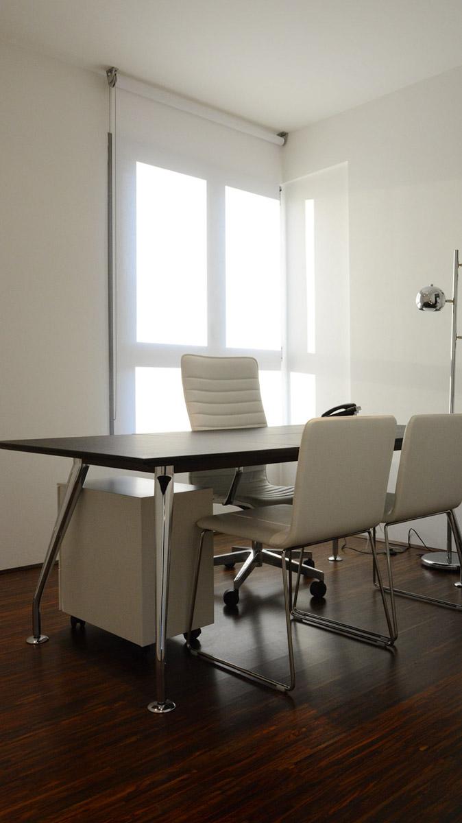 Illuminazione studio legale arezzo polverini lampadari for Lampadari per studio