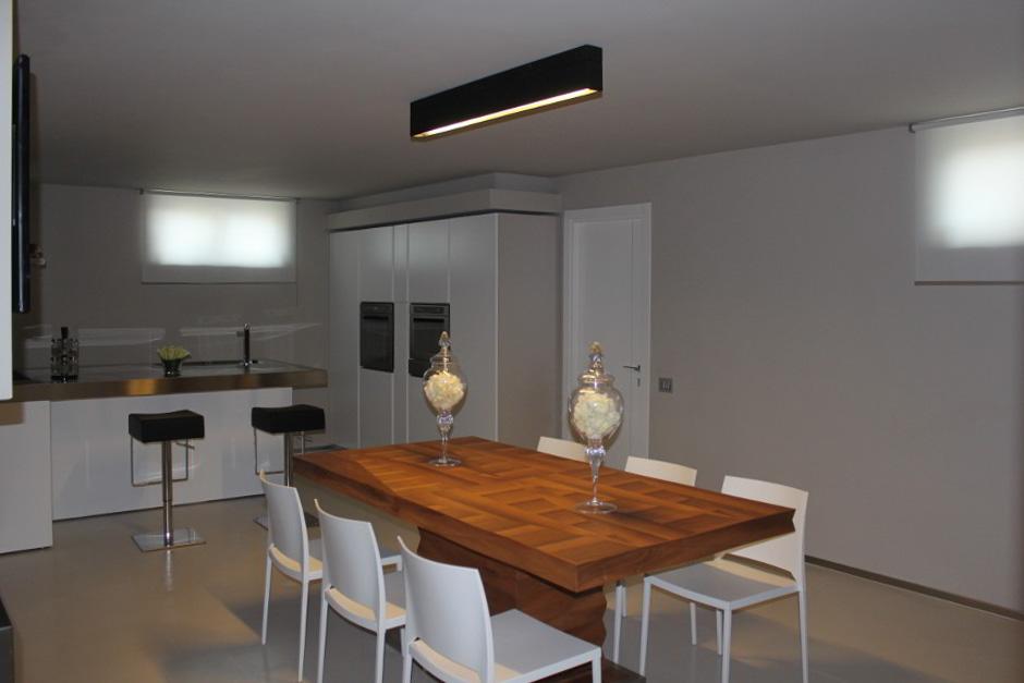 Installazione lampade faretti abitazione privata in collina