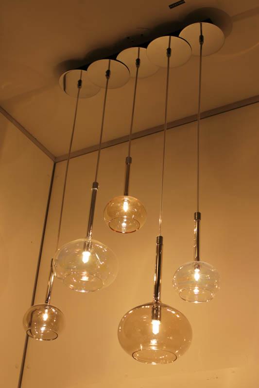 Lampade a sospensione da polverini lampadari for Le roy merlin luci