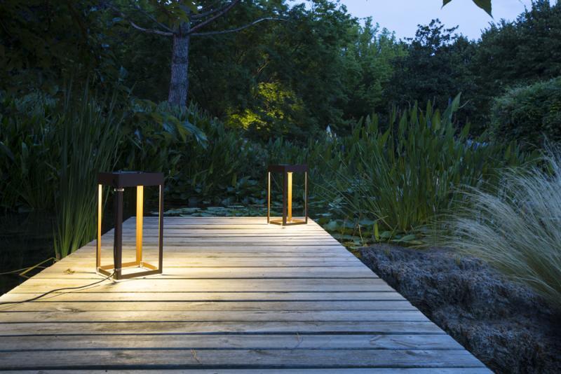 Sistemazione illuminotecnica esterna con lanterne led