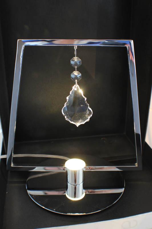 lampada trapezio tavolo cromo
